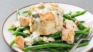 Salmon & Zucchini Vol-Au-Vent with Alfredo Sauce on Bean & Almond Salad